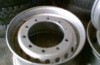 385 BRAND NEW FRONT STEEL RIMS